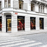 Prada showroom Praga